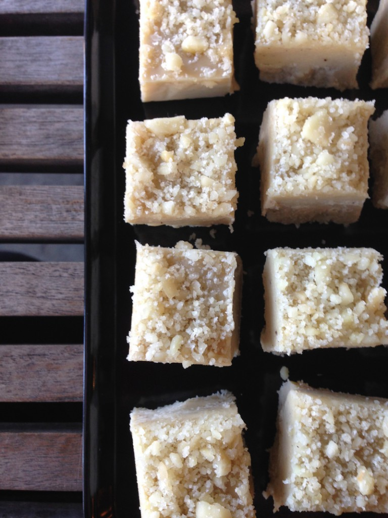 Macadamia White Chocolate Dairy Free Fudge