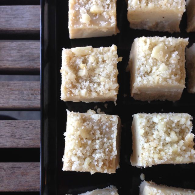 Macadamia White Chocolate Fudge | DairyFree